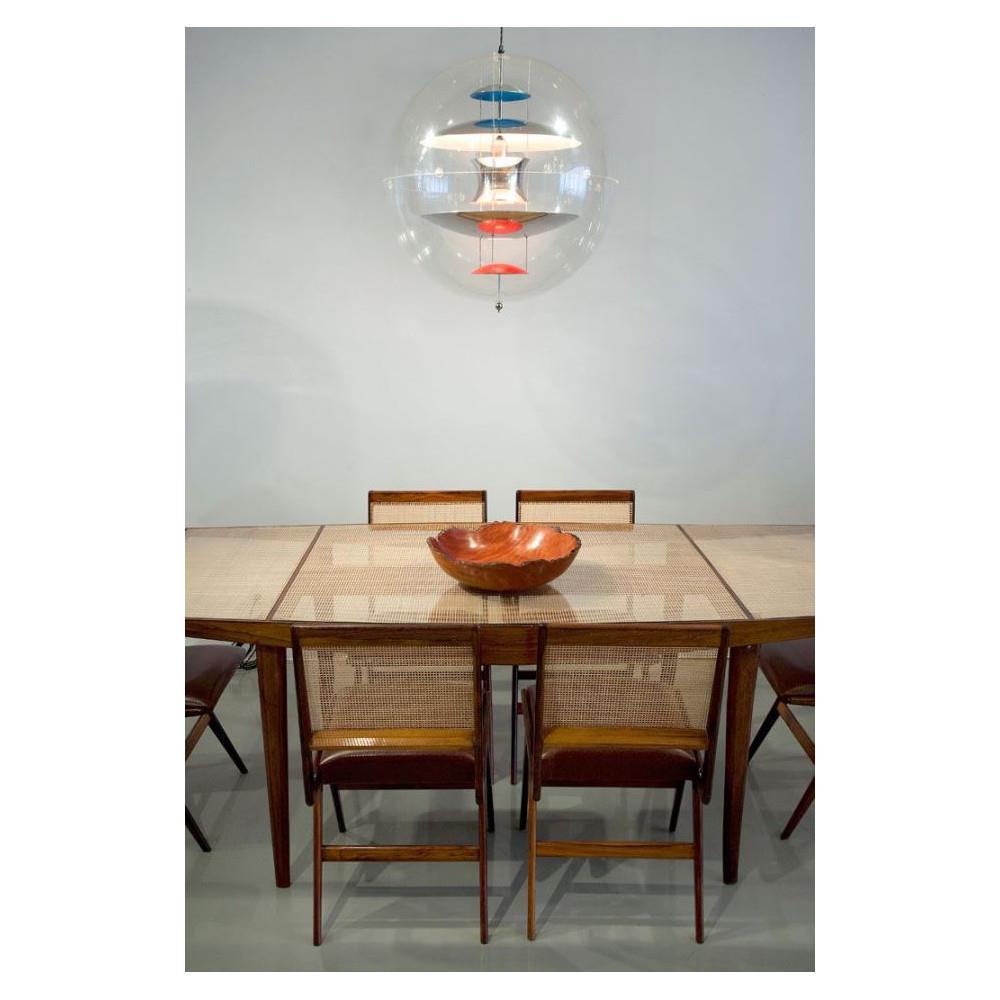 verner panton globe flot og tidl s vp globe i akryl 2 st rrelser. Black Bedroom Furniture Sets. Home Design Ideas